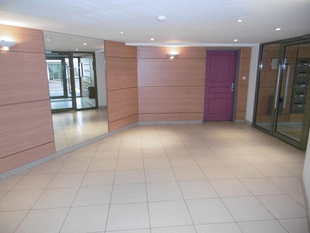Rouen 1 pièce(s) 35 m2