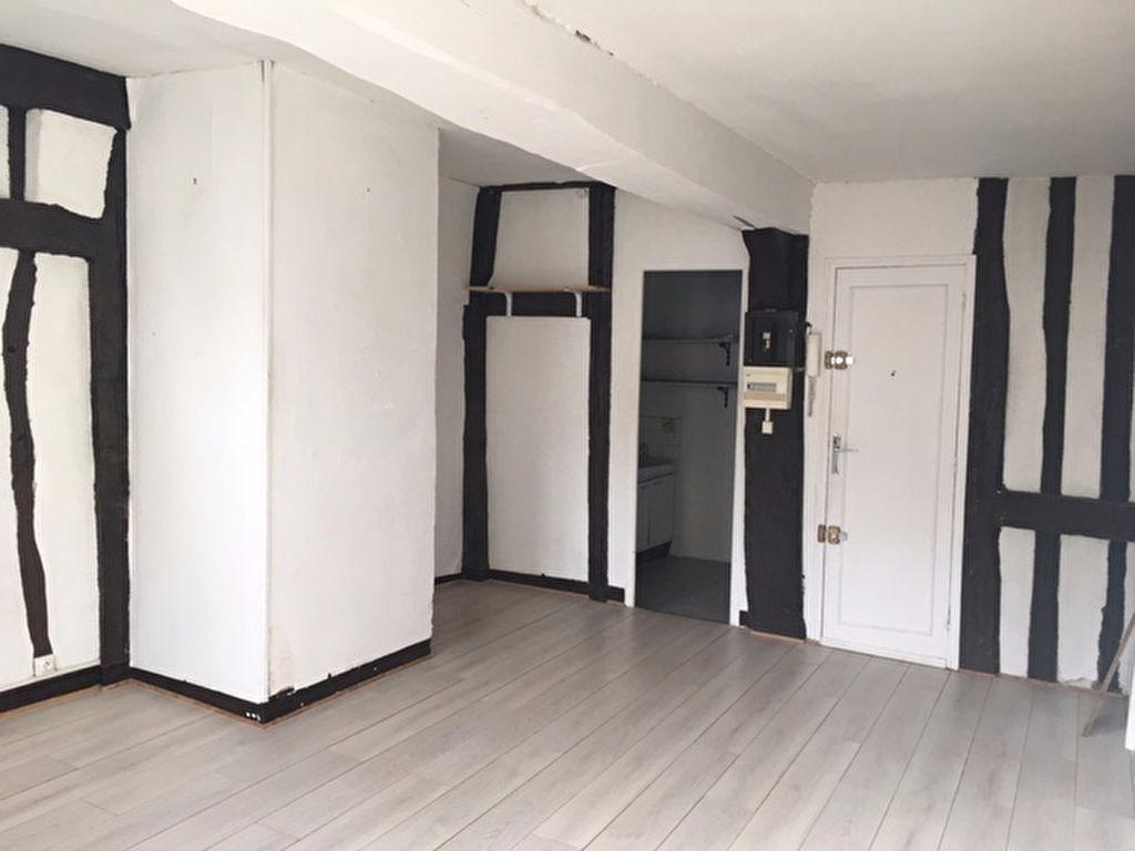 STUDIO - 30m² - rue Cauchoise