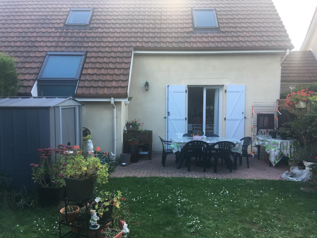 Maison Petit Couronne 4 pièce(s)