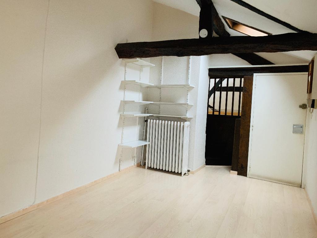 F2 Rouen - 40.88 m²