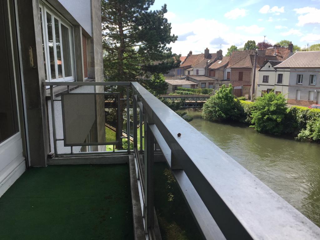 Abbeville T4 130 m2 avec balcons