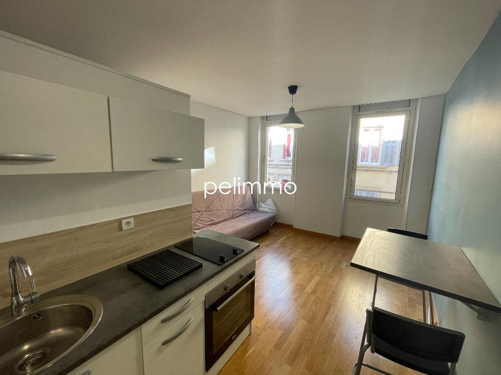 Appartement Salon De Provence 1 pièce(s) 17.75m2