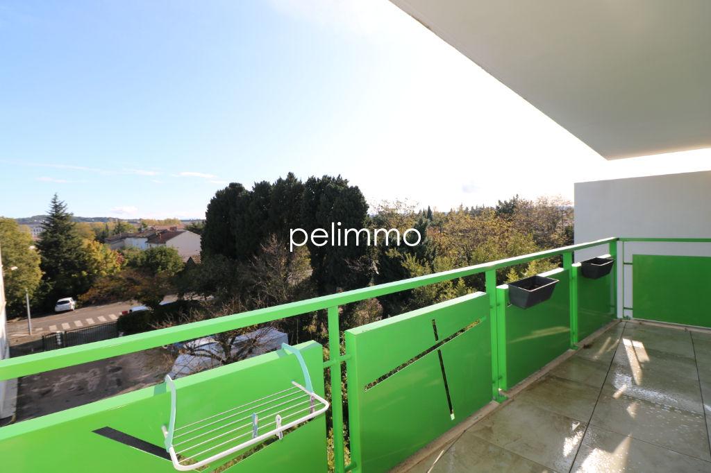 Location appartement Salon de provence 845€ CC - Photo 2