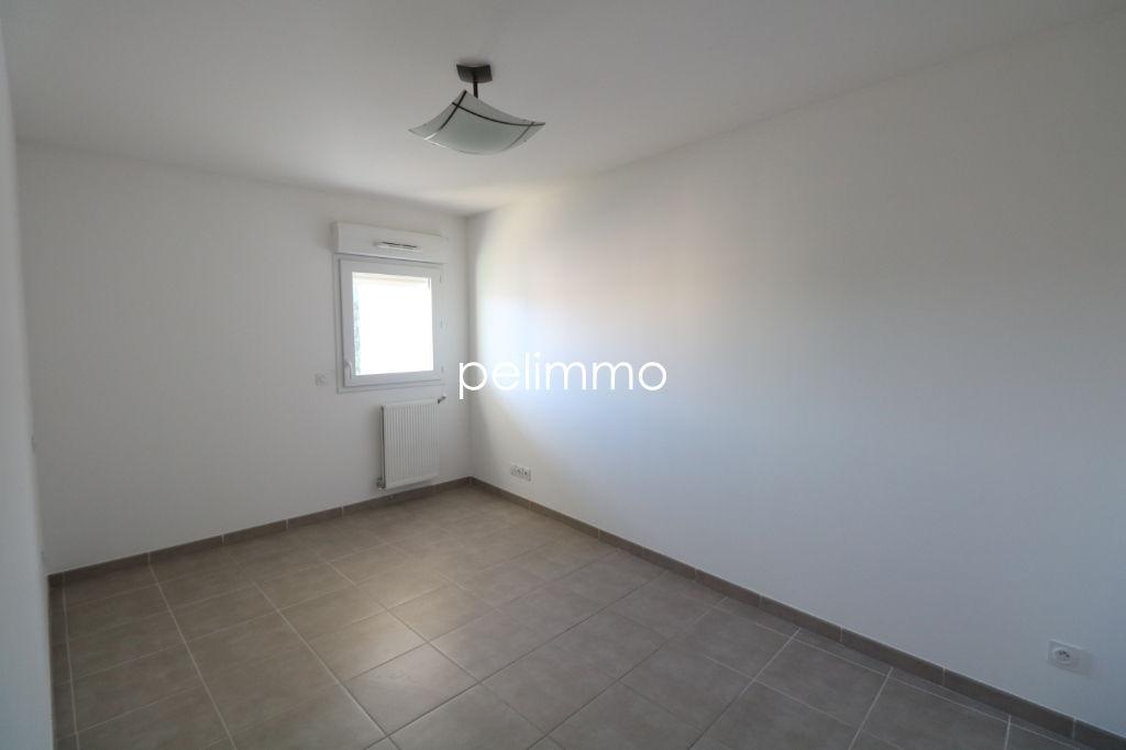 Location appartement Salon de provence 845€ CC - Photo 7
