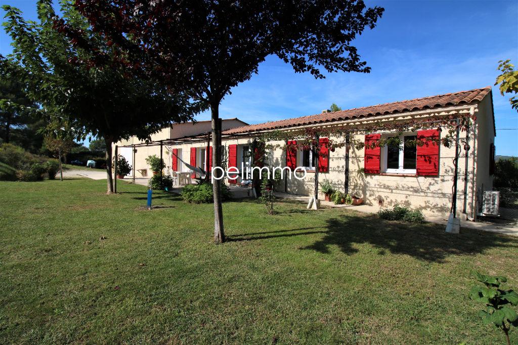 Lançon-Provence - Villa de 140 m² avec Hangar sur terrain de 673