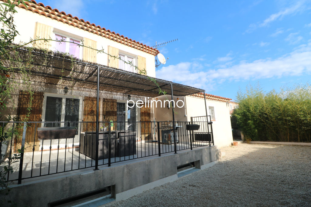 Maison Pelissanne 5 pièce(s) 102 m2