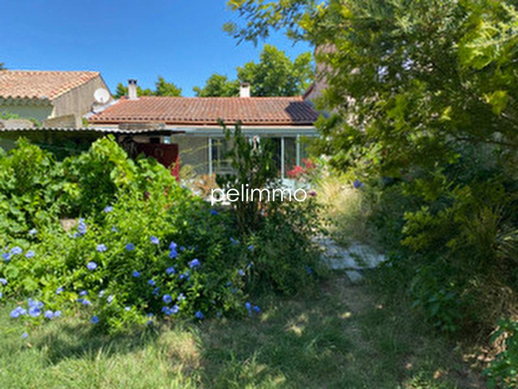 Maison de Village Mouries 90 m2 - Terrain 892 m2