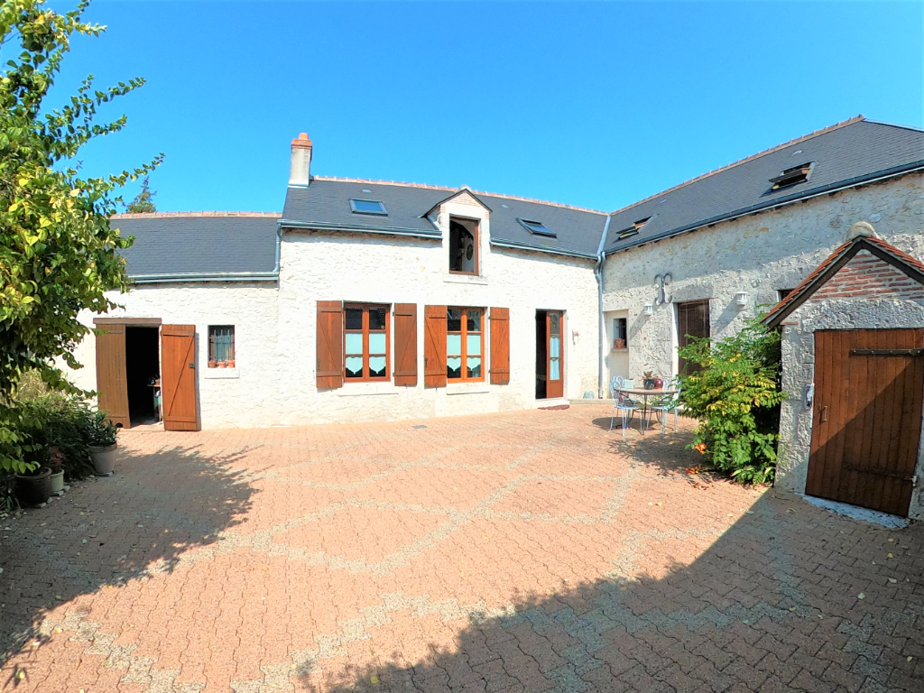 Sale house / villa Beaugency 294000€ - Picture 2
