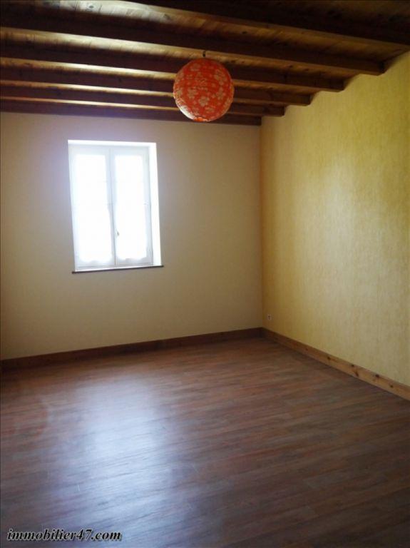 Verhuren  huis Prayssas 775€ CC - Foto 9
