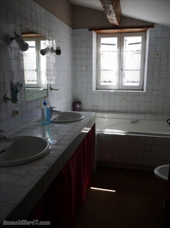 Verhuren  huis Prayssas 775€ CC - Foto 10