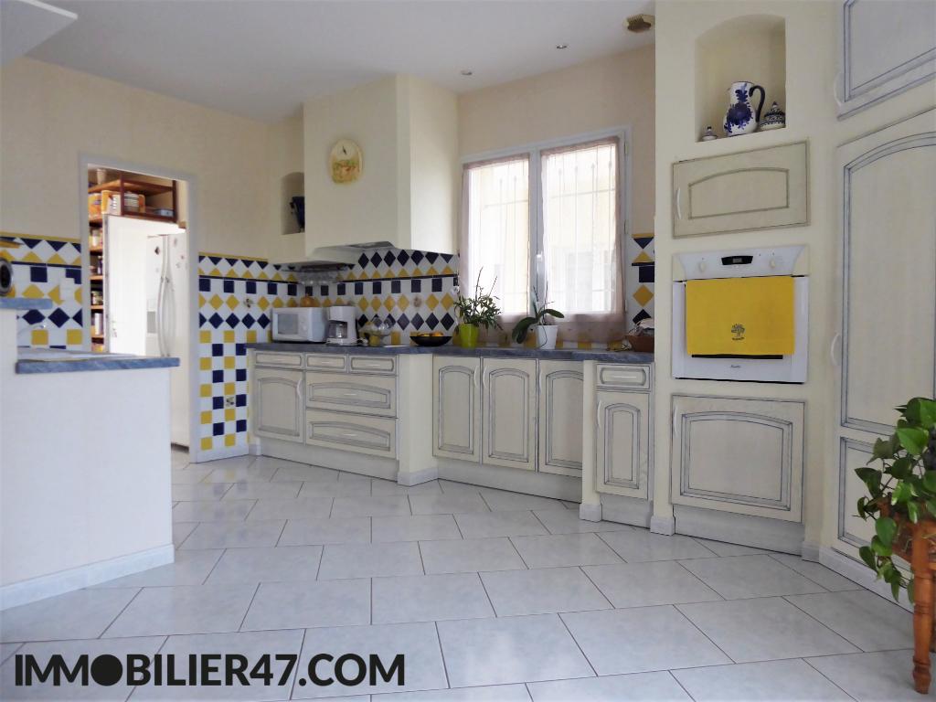 Verkoop  huis Sainte livrade sur lot 299000€ - Foto 6
