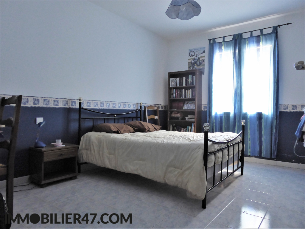 Verkoop  huis Sainte livrade sur lot 299000€ - Foto 9