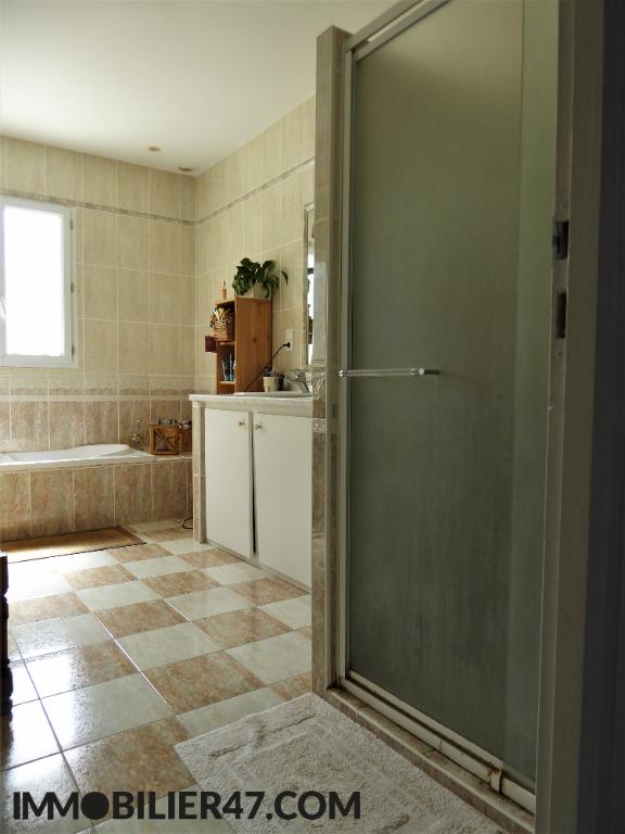 Verkoop  huis Sainte livrade sur lot 299000€ - Foto 12