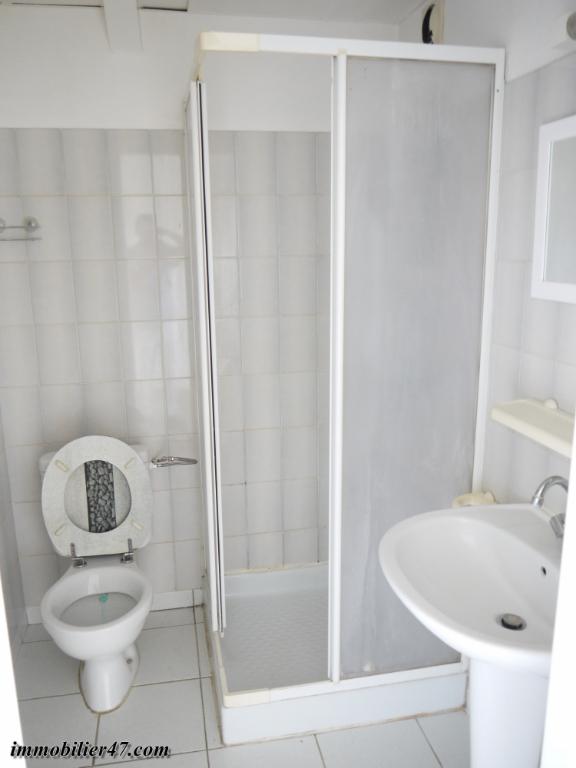 Location appartement Montpezat 315€ CC - Photo 7