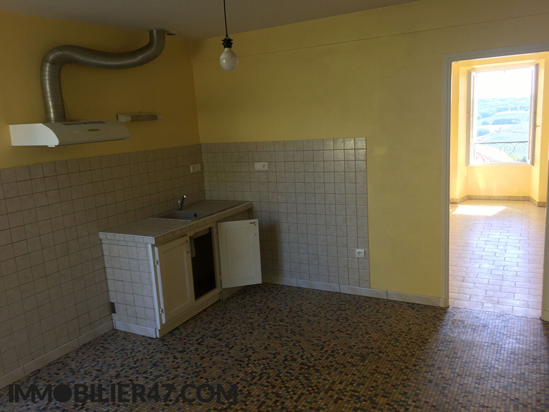 Rental house / villa Montpezat 425€ CC - Picture 3