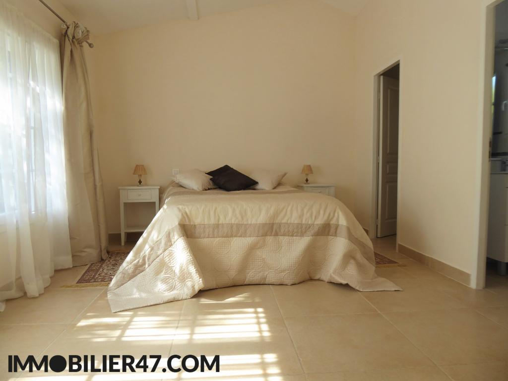 Sale house / villa Prayssas 285000€ - Picture 11