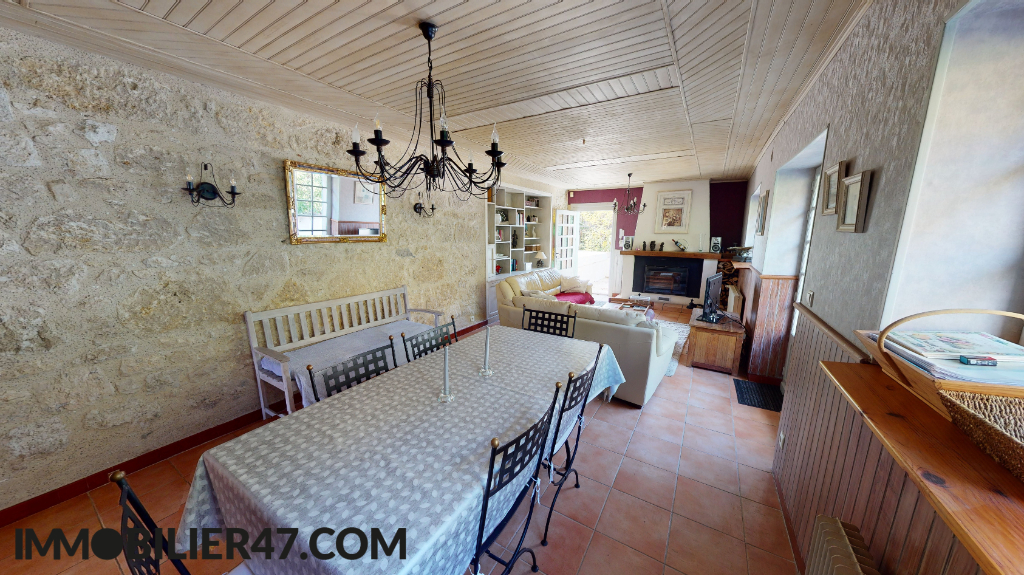 Vente maison / villa Montpezat 219 000€ - Photo 2