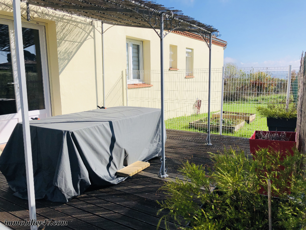 Sale house / villa Tombeboeuf 191 700€ - Picture 15