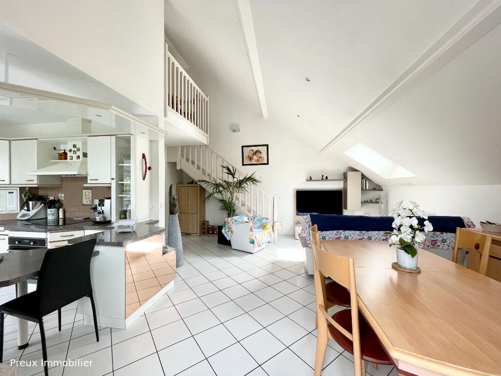 Sale apartment Meythet 345000€ - Picture 1