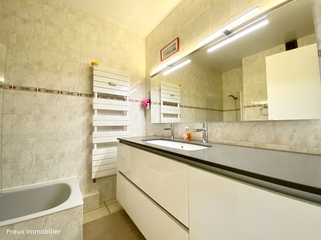 Vente appartement Annecy 472 500€ - Photo 8