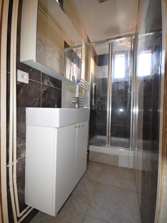 Rental apartment Boulogne billancourt 1050€ CC - Picture 5