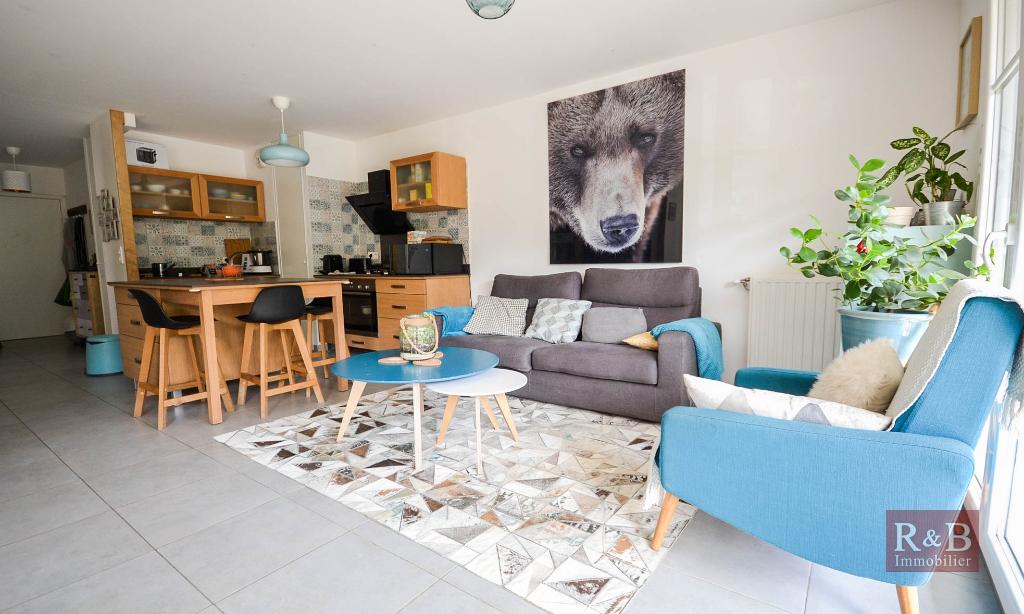 Sale apartment Les clayes sous bois 325000€ - Picture 2