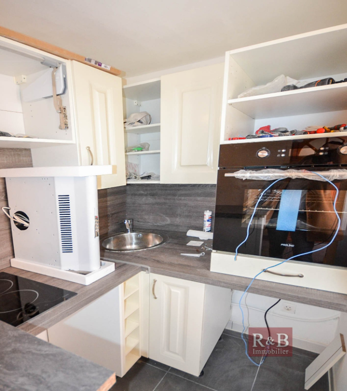 Sale apartment Les clayes sous bois 120000€ - Picture 5