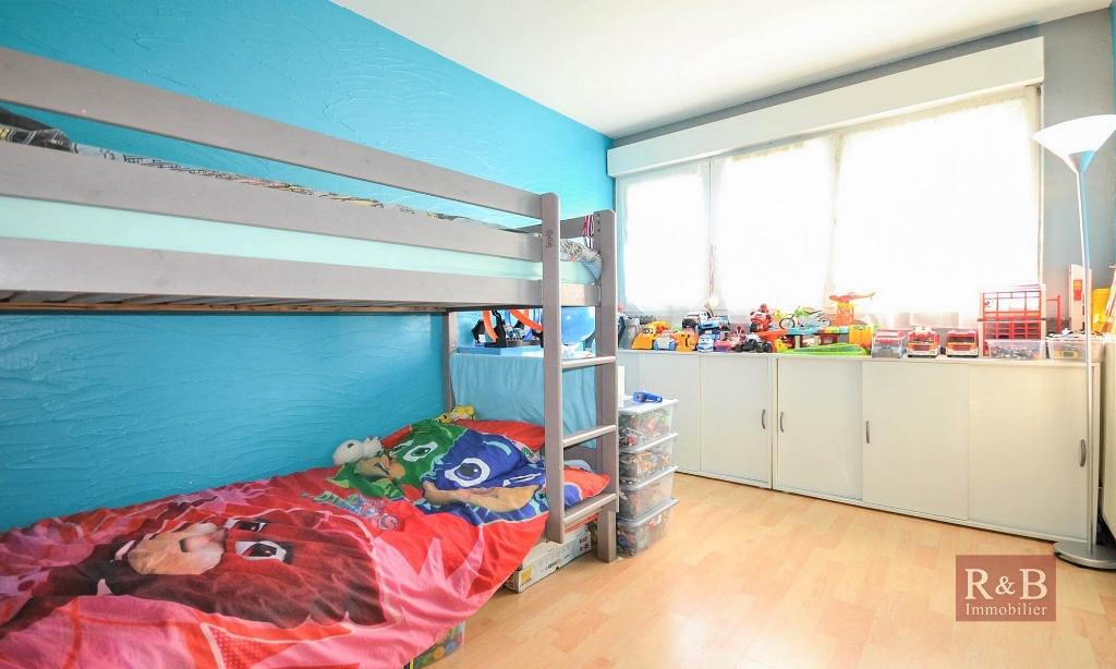 Sale apartment Plaisir 169000€ - Picture 6