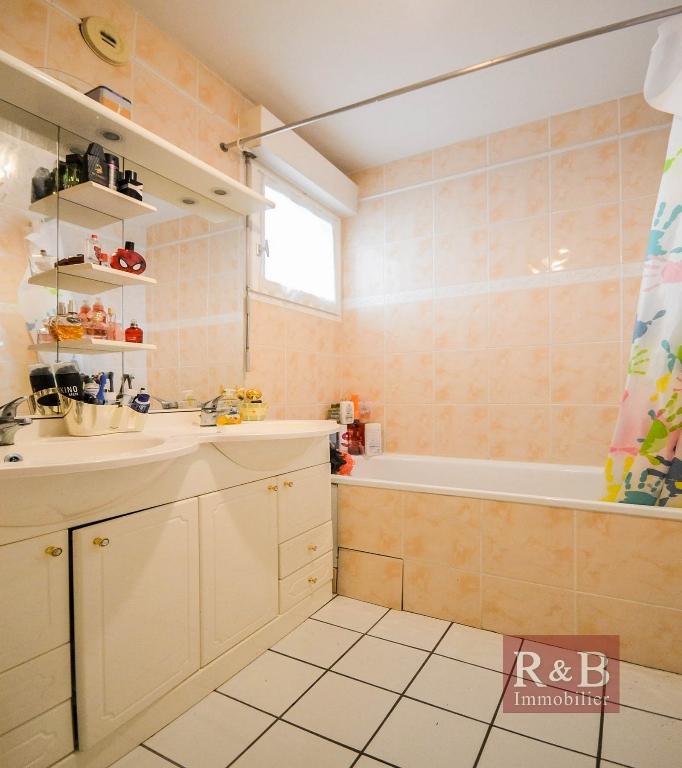 Sale apartment Plaisir 169000€ - Picture 7