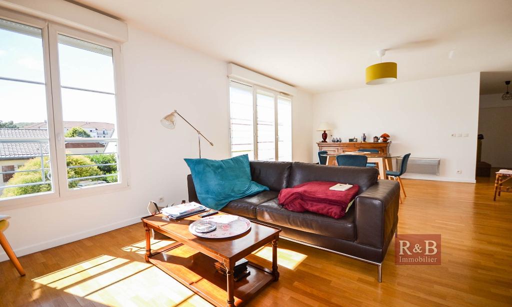 Sale apartment Les clayes sous bois 330000€ - Picture 5
