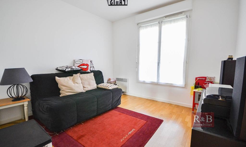 Sale apartment Les clayes sous bois 330000€ - Picture 9