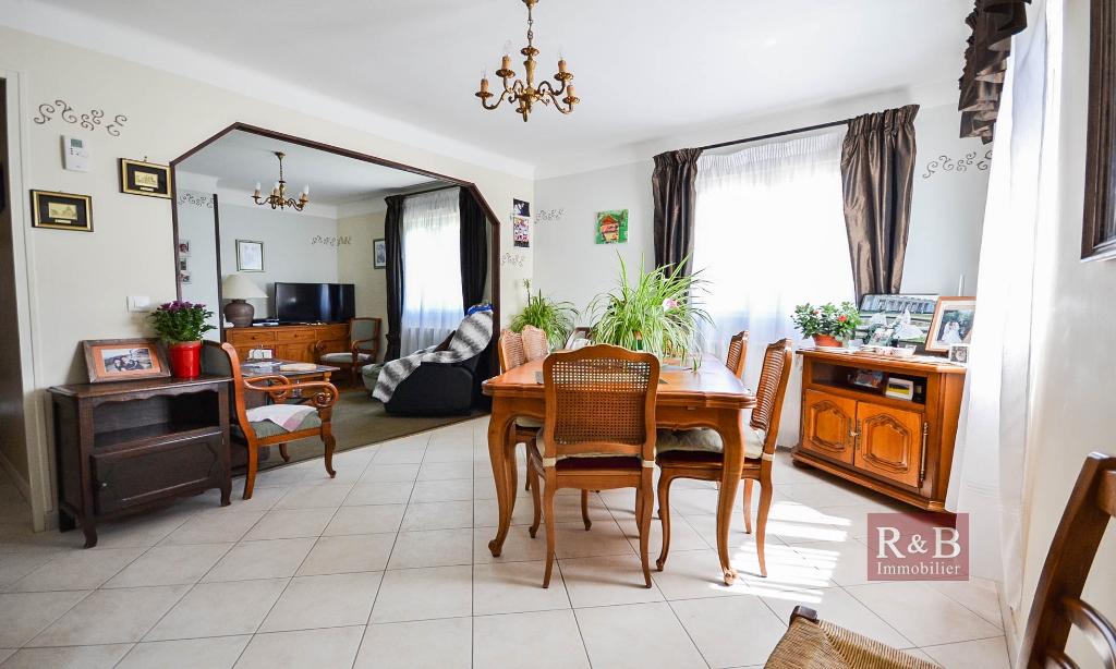 Vente maison / villa Fontenay le fleury 395000€ - Photo 2