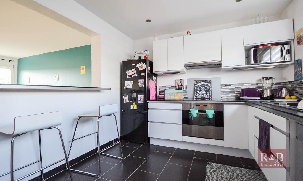Sale apartment Villepreux 270000€ - Picture 6