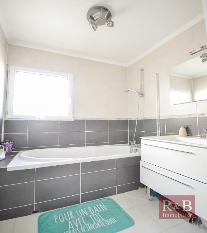 Sale apartment Villepreux 270000€ - Picture 9