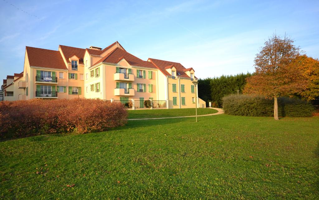Rental apartment Villepreux 797€ CC - Picture 1