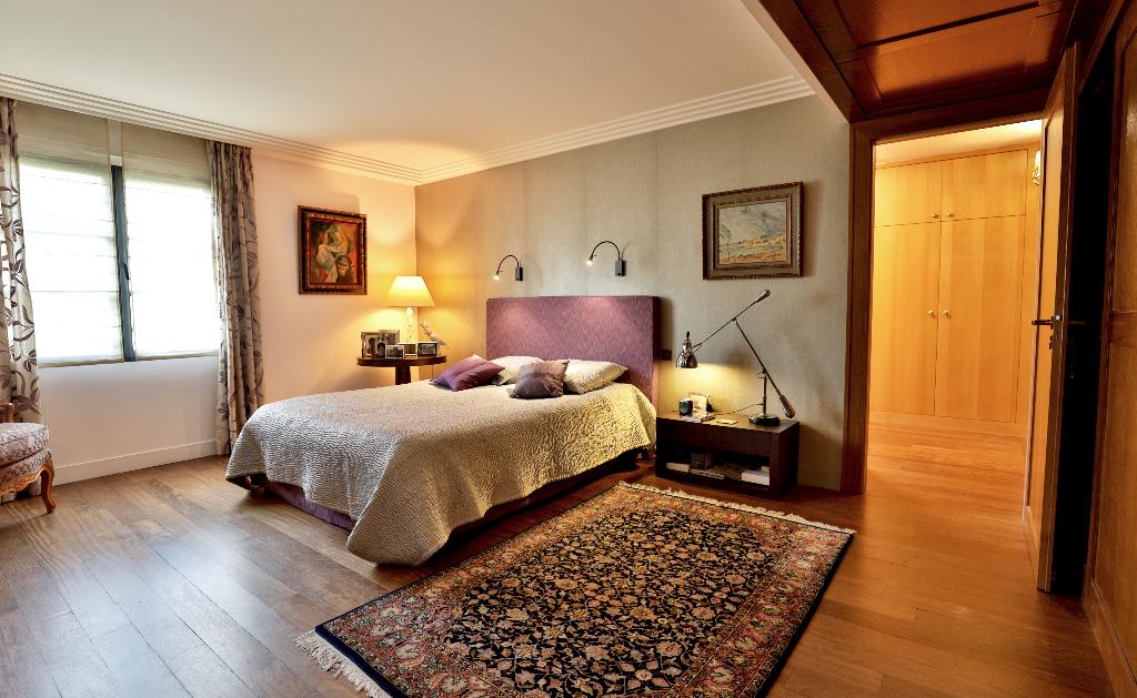 Vente Maison de 10 pièces 350 m² - SURESNES 92150   REZ DE CHAUSSEE.COM - AR photo7