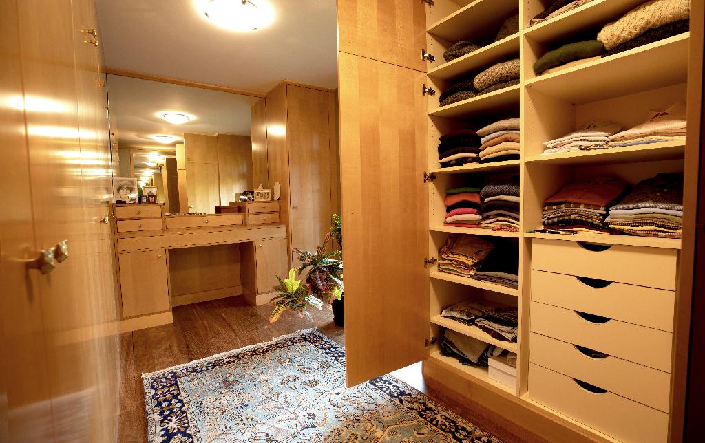 Vente Maison de 10 pièces 350 m² - SURESNES 92150   REZ DE CHAUSSEE.COM - AR photo8