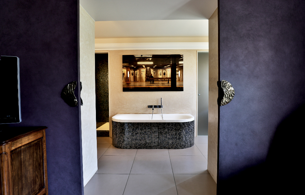 Vente Maison de 10 pièces 350 m² - SURESNES 92150   REZ DE CHAUSSEE.COM - AR photo9