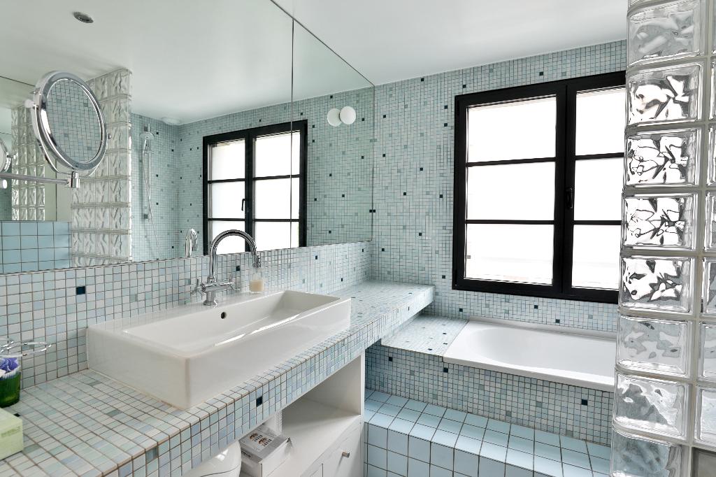 Vente Maison de 10 pièces 350 m² - SURESNES 92150   REZ DE CHAUSSEE.COM - AR photo12