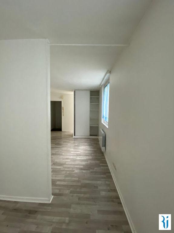 Rental apartment Rouen 604€ CC - Picture 2