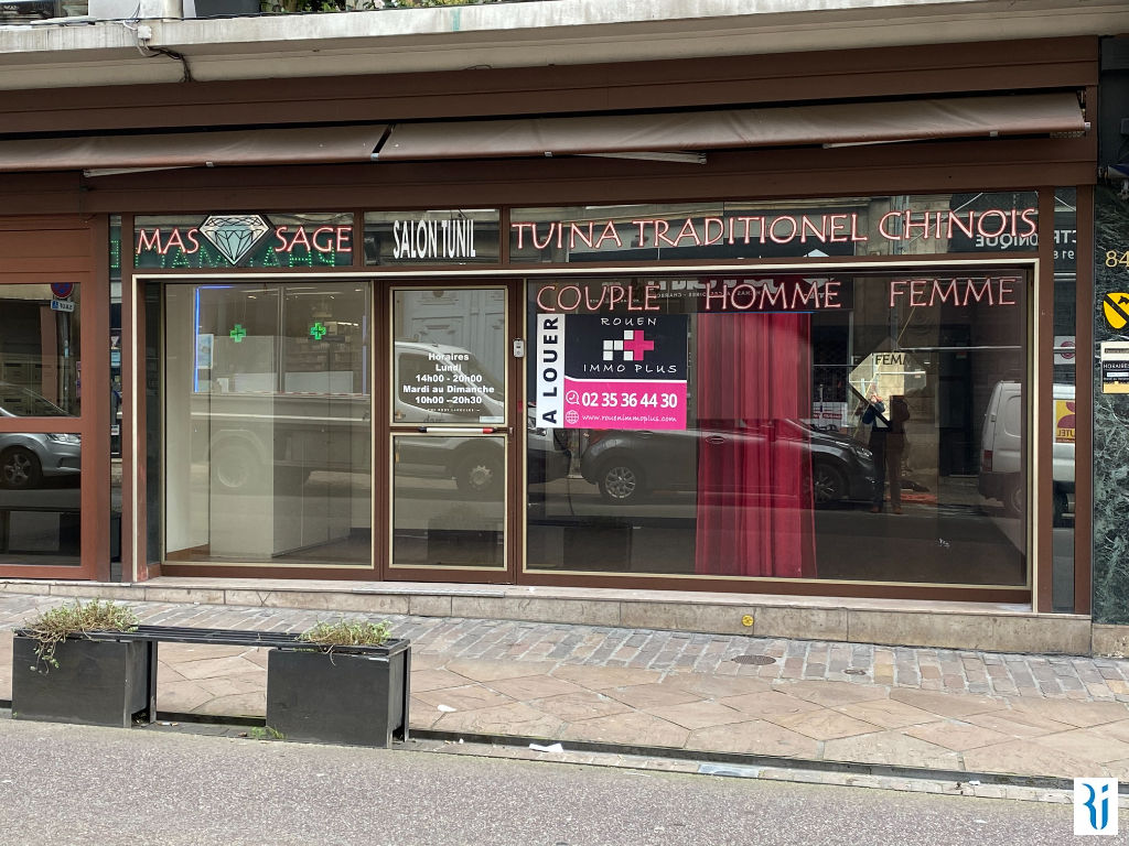 Local commercial Rouen 109.29 m2