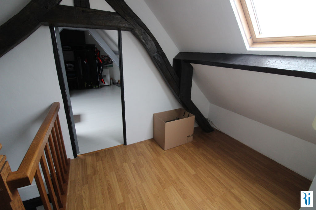 Sale apartment Mont saint aignan 101600€ - Picture 1