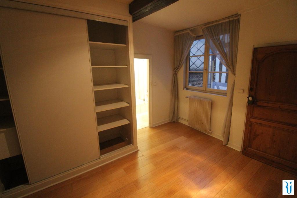 Sale apartment Rouen 176000€ - Picture 2
