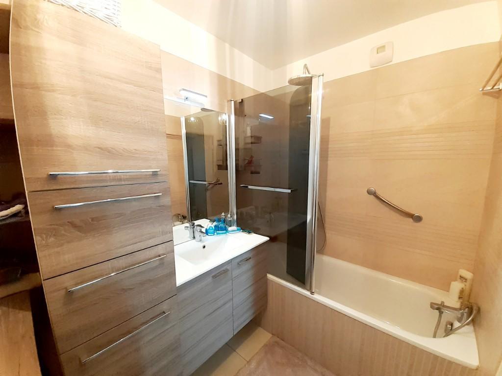 Sale apartment Deville les rouen 179500€ - Picture 5