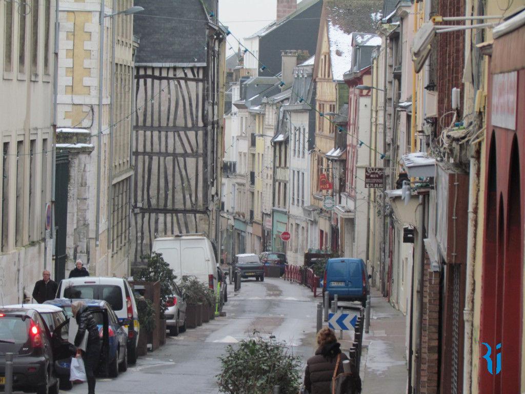 Parking - ROUEN (76000) quartier Beauvoisine.