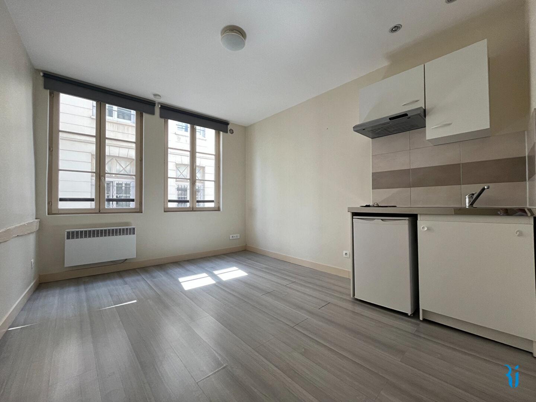 Studio - ROUEN (76000) quartier Beauvoisine.