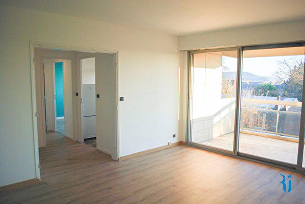 Appartement- ROUEN (76000) Quartier Champs des Oiseaux