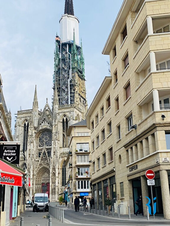 Local commercial ROUEN (76000) Place de la Haute Vielle Tour
