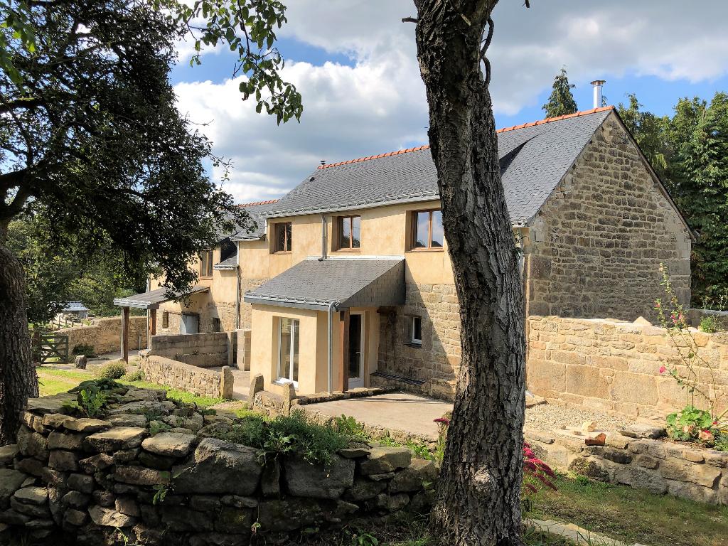 Vente maison / villa Querrien 249600€ - Photo 1