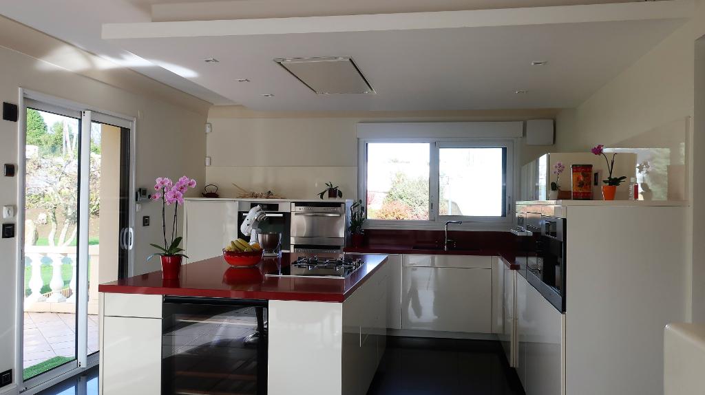 Sale house / villa Mellac 520000€ - Picture 2